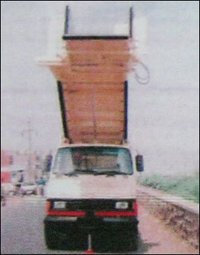 Motorized Narrow Step Ladder Without Capony