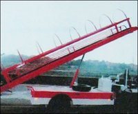 Motorized Baggage Conveyor With Canopy