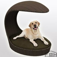Outdoor Wicker Dog Basket