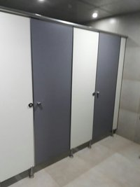 Cubical Toilet Partition